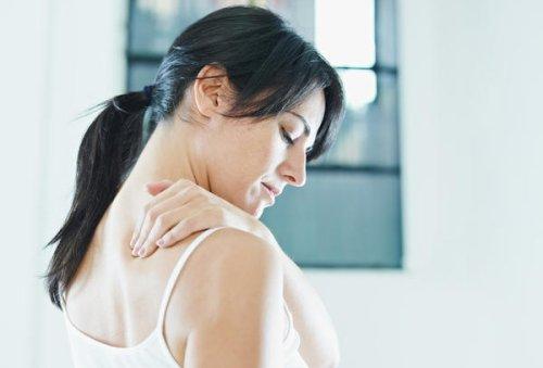 Back pain under right shoulder blade pregnancy