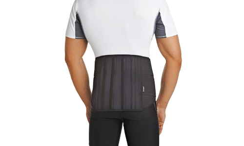 the Use of an orthopedic corset for back pain