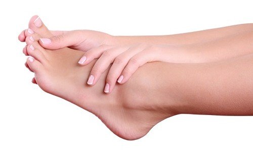Massage and exercises for the feet to prevent flat feet