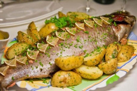 Marine fish, baked with vegetables
